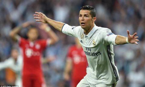 Ronaldo lập hat-trick, Real nhấn chìm Bayern sau 120 phút kịch tính