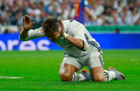 CHÙM ẢNH: Sự bất lực tột cùng của Ronaldo