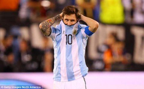 'Messi không giỏi bằng Maradona, tôi giỏi hơn cả hai'