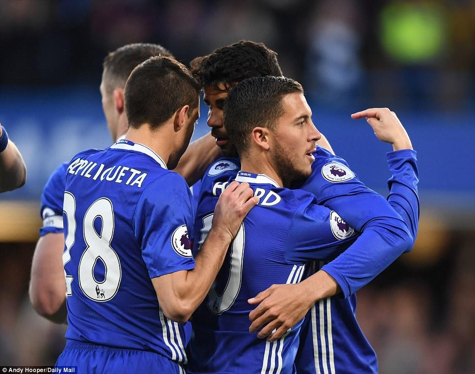 Costa thông nòng, Chelsea hạ gục Southampton trong cơn mưa bàn thắng