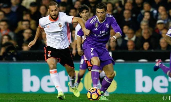 Real Madrid vs Valencia, 21h15 ngày 29/4: Không thể sẩy chân