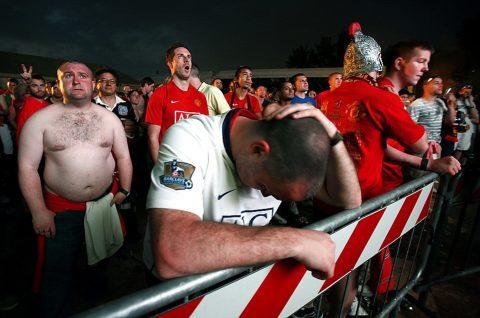 30 fan MU tử vong khi đang xem tứ kết Europa League