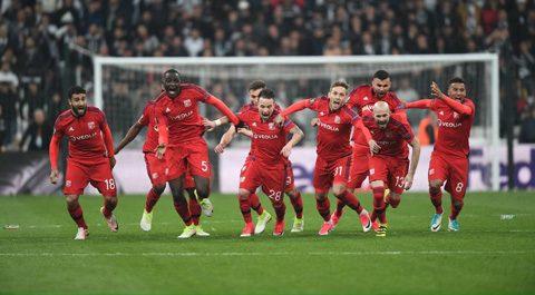Tứ kết Europa League: Ajax, Lyon đi tiếp theo kịch bản điên rồ