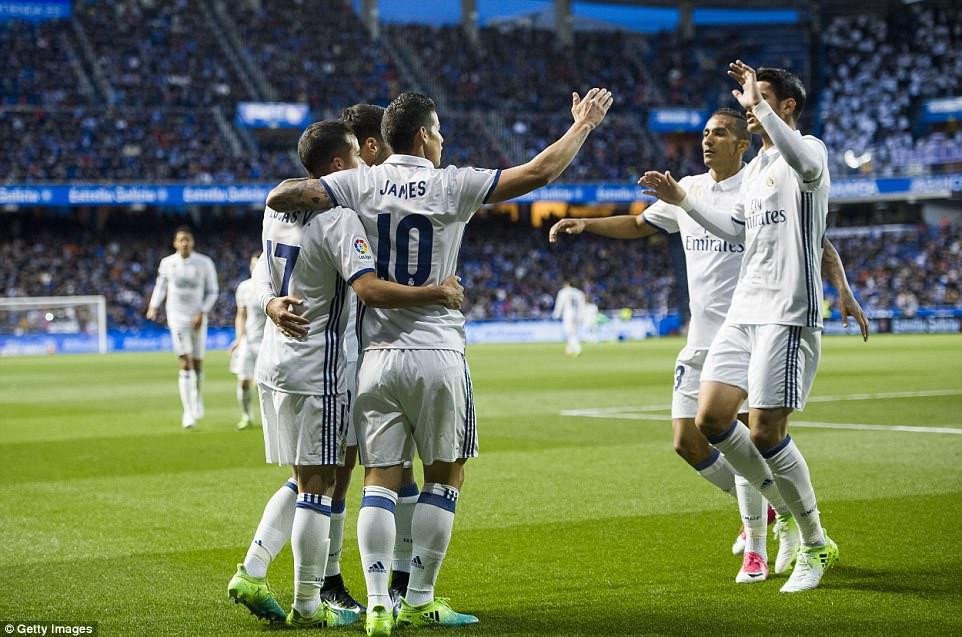 Đội hình hai của Real đáp trả Barca bằng màn trút giận vào Deportivo