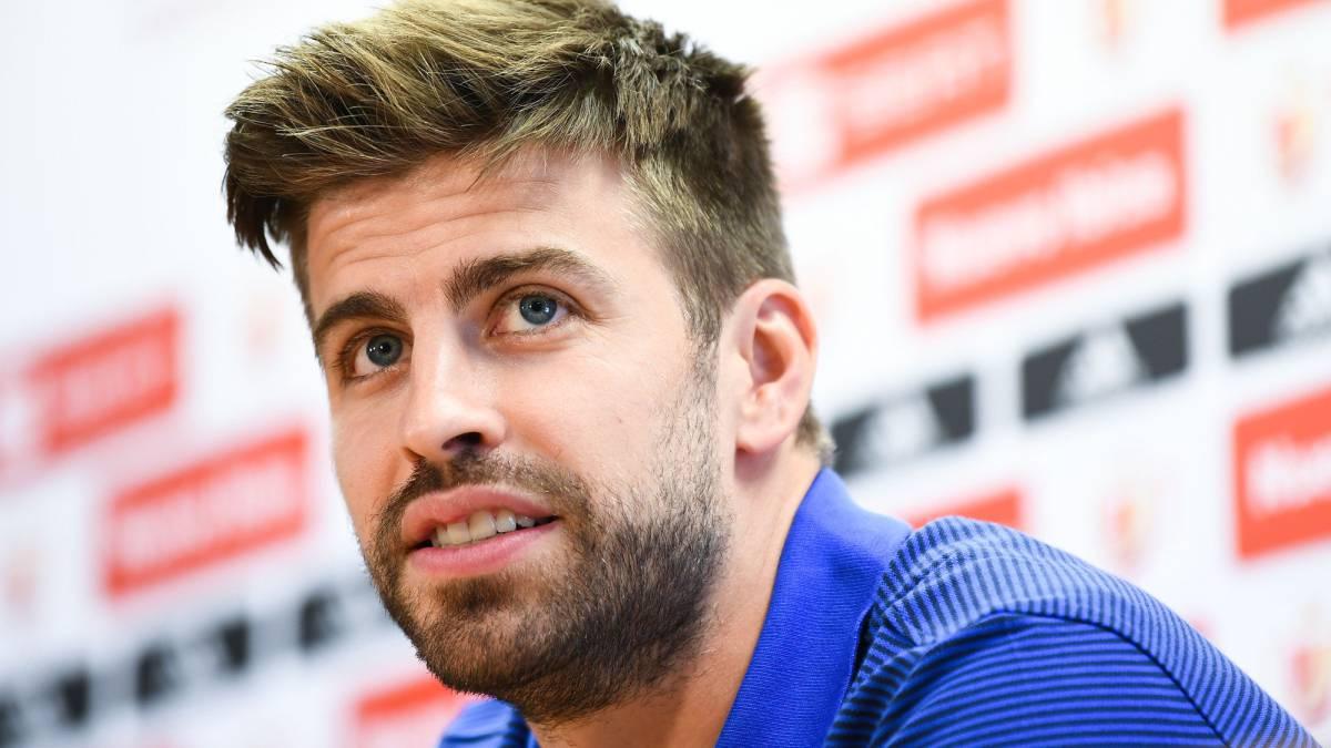 """Pique: """"Trọng tài làm ảnh hưởng trực tiếp đến cuộc đua La Liga"""""""
