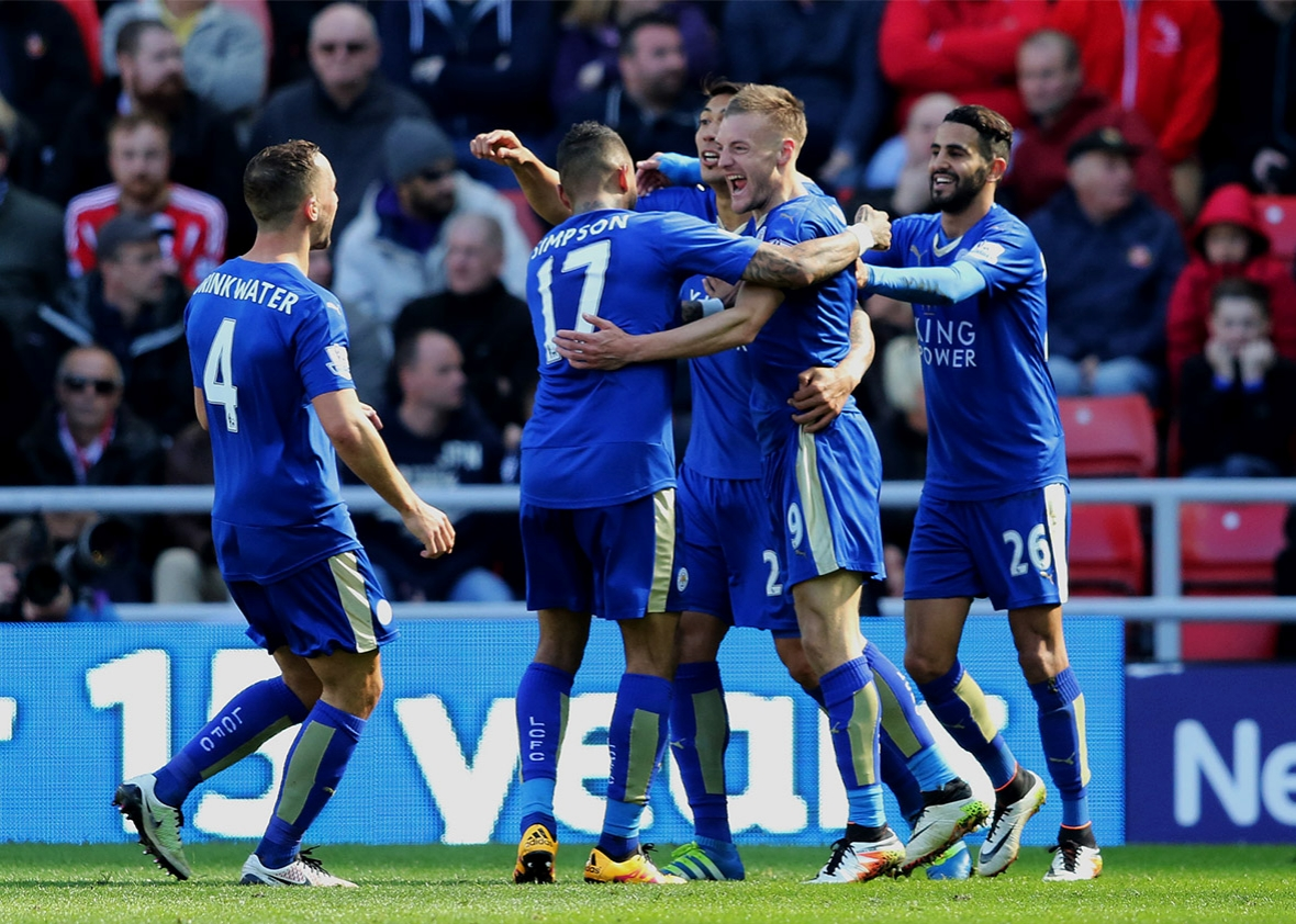 Lần đầu dự Champions League, Leicester kiếm bộn tiền