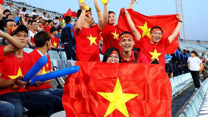 CĐV Việt Nam gây ấn tượng mạnh với truyền thông Hàn Quốc
