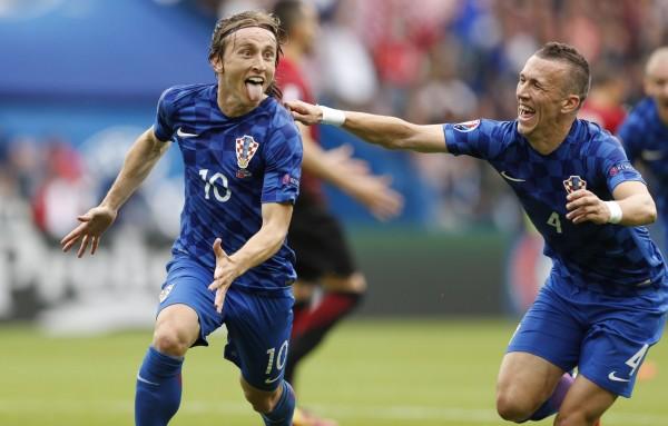 MU bất ngờ đạt thỏa thuận chiêu mộ sao Croatia