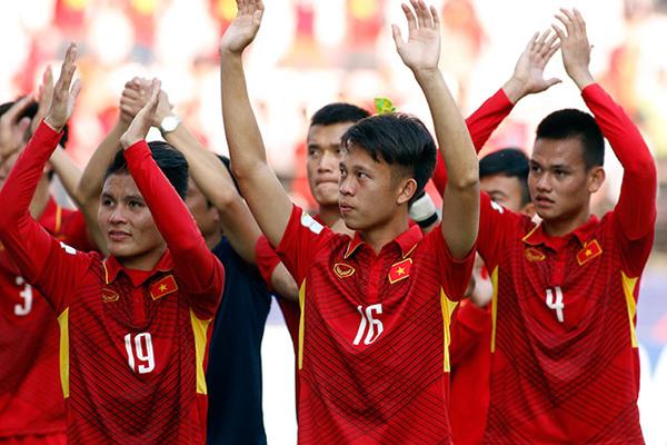 HLV Hữu Thắng cân nhắc đôn cầu thủ U20 lên tuyển quốc gia