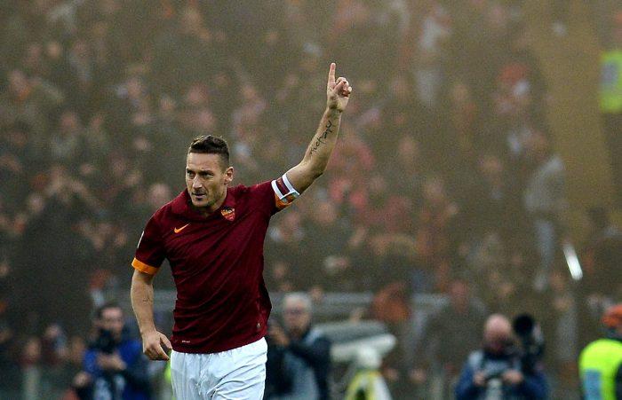 11 sao mai ra đời sau khi Totti ra mắt tại Serie A