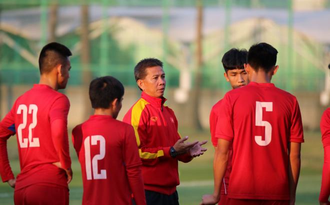 Mách nước cho U20 VN, HLV Lê Thụy Hải nhắc tới Văn Quyến
