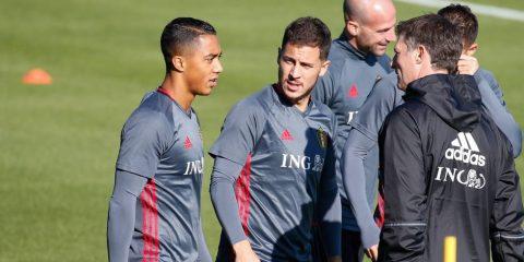 """Vượt mặt MU, Monaco chính thức sở hữu """"tiểu Hazard"""""""