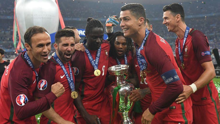 ĐT Bồ Đào Nha hội quân: Có Ronaldo, Vắng Sanches