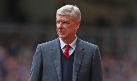 Wenger tiếp tục bị học trò chỉ trích không thương tiếc