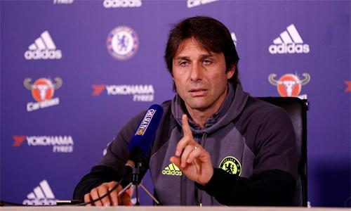 """""""Chelsea cần quên ngay đi chức vô địch Ngoại hạng Anh"""""""