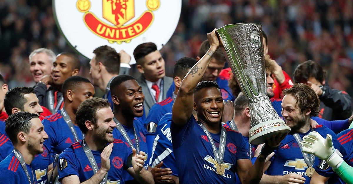 Thi đấu ấn tượng, sao Man Utd được thưởng lớn