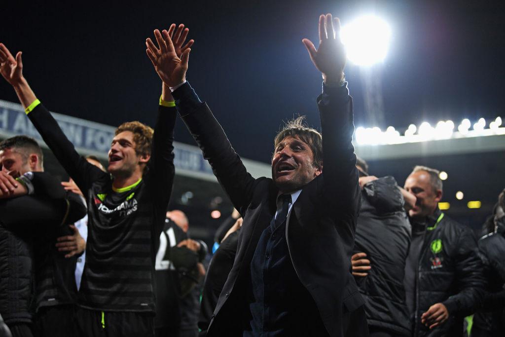 Những lí do giúp Chelsea vô địch: Conte, Kante, may mắn và Arsenal