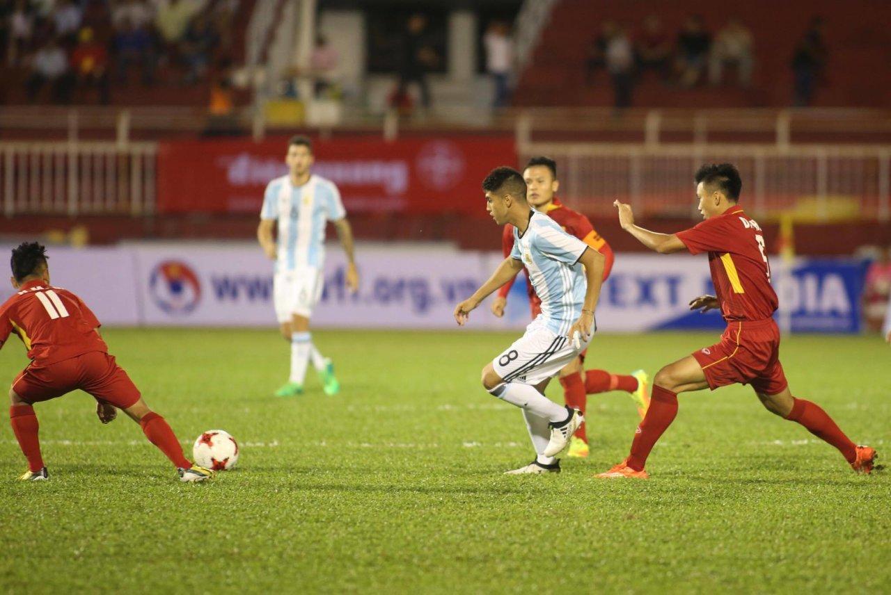 HLV U20 Argentina ấn tượng đặc biệt với một cầu thủ của U20 Việt Nam