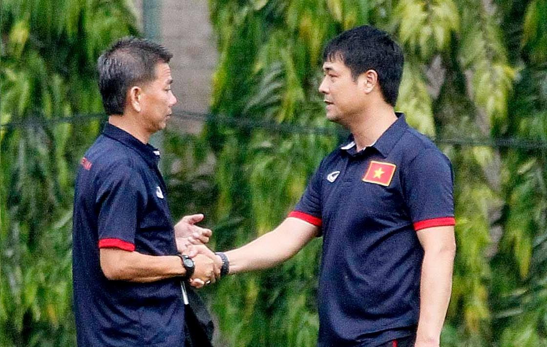 """Trở về sau World Cup, HLV Hoàng Anh Tuấn nhận """"phò tá"""" Hữu Thắng ở ĐTQG"""