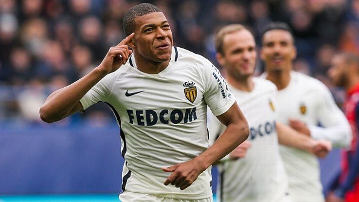 """Mbappe: """"Tình yêu bóng đá của tôi bắt nguồn từ…"""""""
