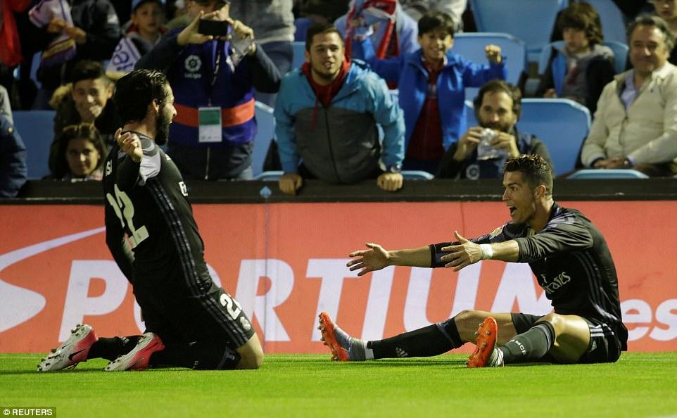 Ronaldo ghi danh lịch sử sau cú đúp vào lưới Celta Vigo