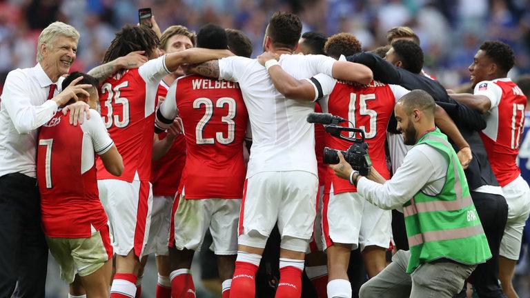Những điểm nhấn sau chiến thắng 2-1 của Arsenal trước Chelsea