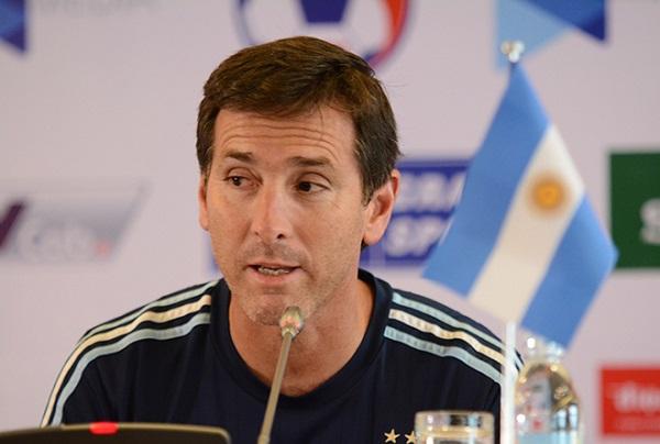 HLV U20 Argentina so sánh bất ngờ về sức mạnh của U22 Việt Nam và lứa U20