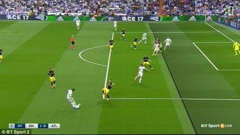 Tranh cãi: Ronaldo ghi bàn trong thế việt vị?