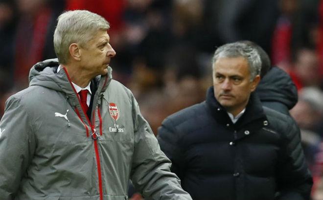 Huyền thoại kêu gọi Wenger nhìn Mourinho mà học tập
