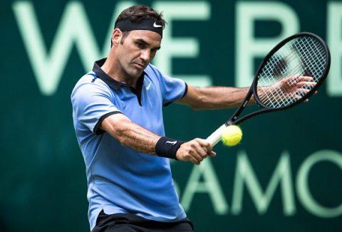 Dễ dàng đánh bại nhà ĐKVĐ, Federer hiên ngang tiến vào Bán kết Halle 2017