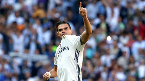 Đồng đội trách móc Real vì xử tệ với Pepe