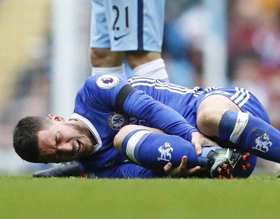 Chelsea CHÍNH THỨC xác nhận chấn thương của Hazard