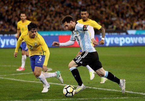 Thắng 1 bàn mong manh, Argentina ngắt chuỗi 9 trận toàn thắng của Brazil