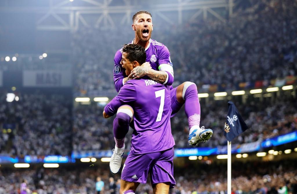 """Ronaldo và đội hình U30 """"khủng"""" nhất châu Âu hiện nay"""