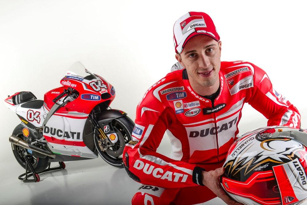 """Đua xe MotoGP: 69 giây cho người xấu số và chủ nhà """"làm loạn"""""""