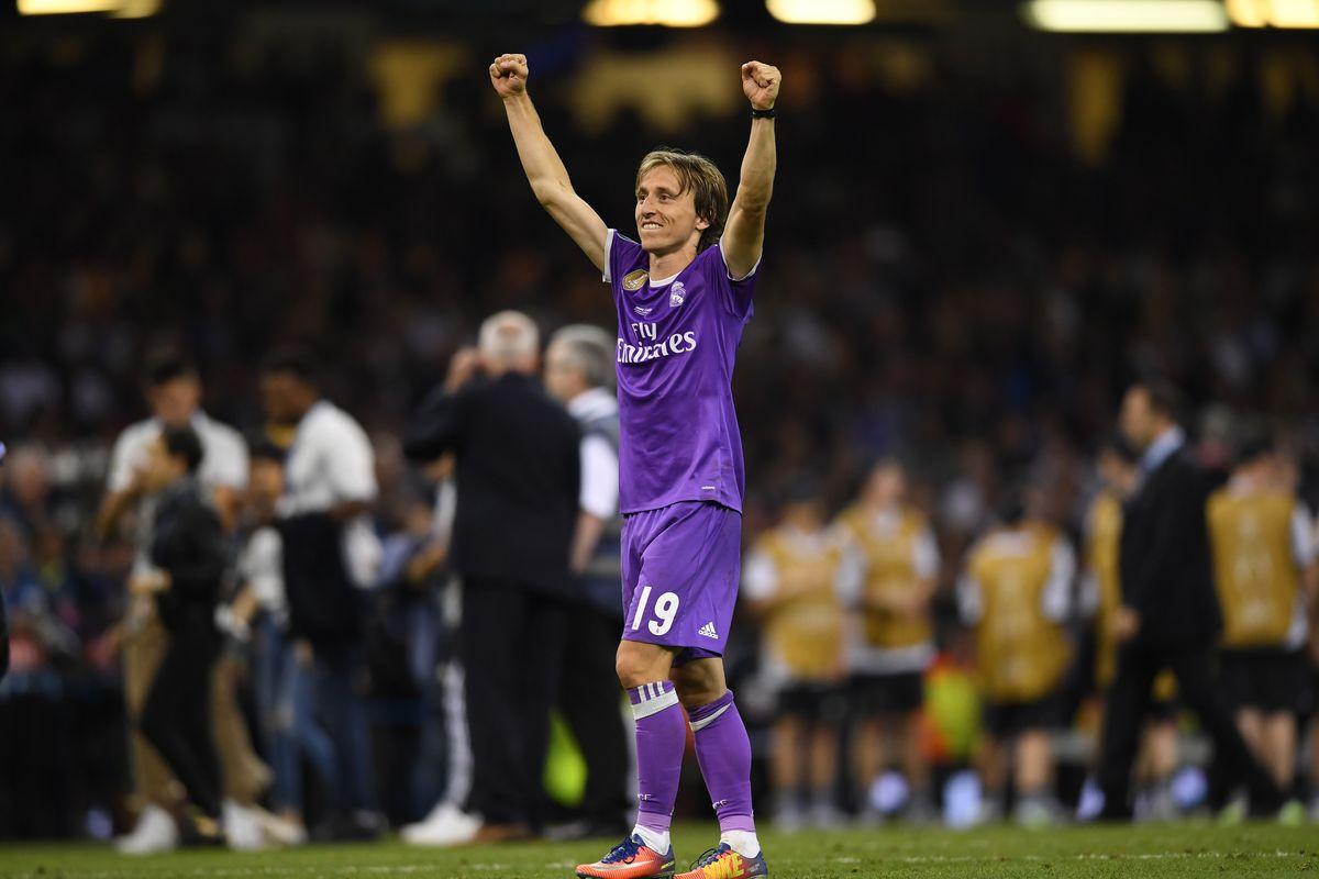 Xin lỗi Ronaldo, sô diễn tại Cardiff là của Modric