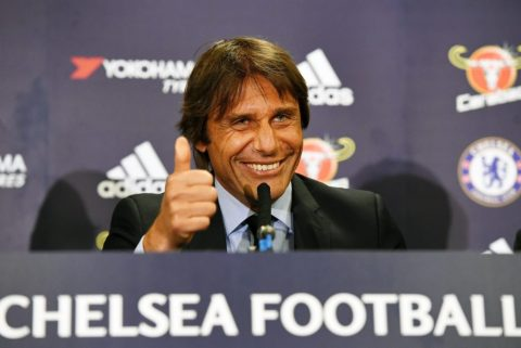 Conte vác bao tải tiền đi tậu bộ đôi sao khủng