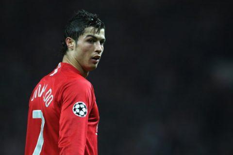 Ronaldo rời Real trở lại MU: Có hay không?