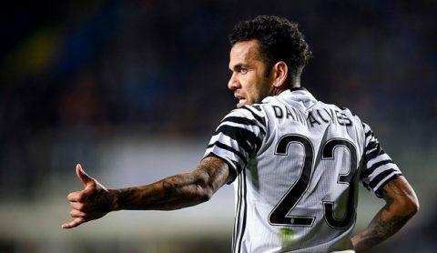 Dani Alves chính thức chia tay Juventus