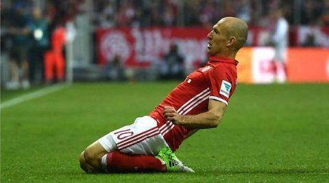 Robben bất ngờ tiết lộ thời điểm treo giày