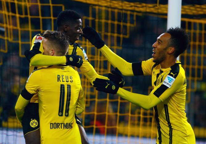 Umtiti khuyên Barca chiêu mộ sao Dortmund