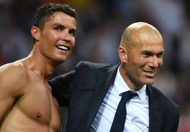 Thầy trò Zidane – Ronaldo cùng nhau nhận danh hiệu xuất sắc nhất Châu Âu