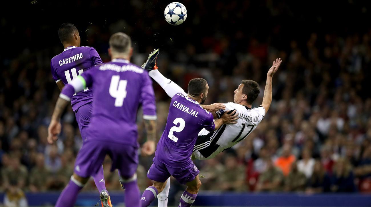 10 bàn thắng đẹp nhất Champions League 2016/17