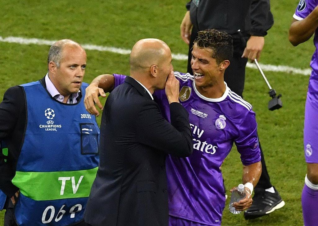 Zidane đã khiến Ronaldo thay đổi như thế nào?