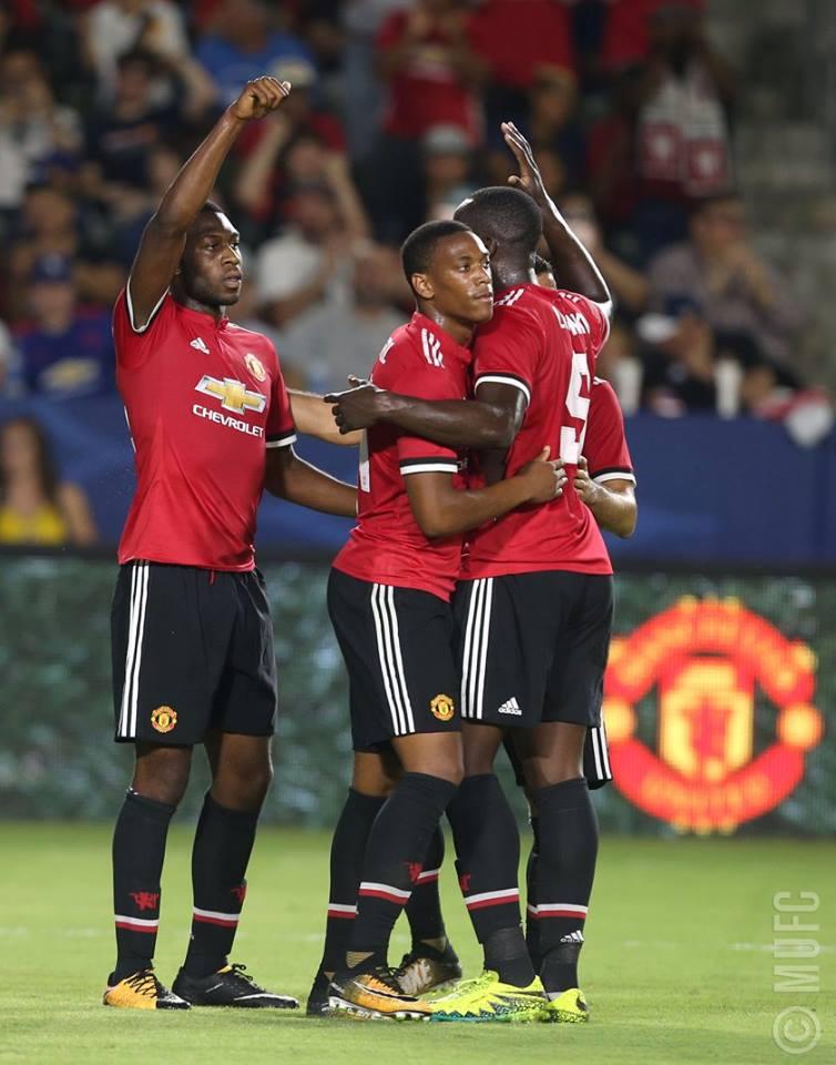 VIDEO: LA Galaxy 2-5 Man United (Giao hữu)