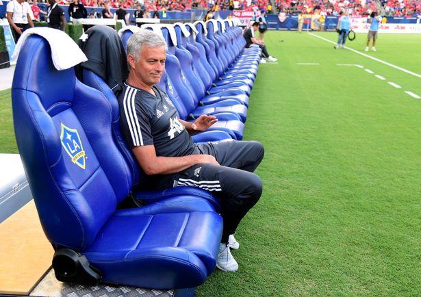 Jose Mourinho nói gì sau chiến thắng tưng bừng của M.U?