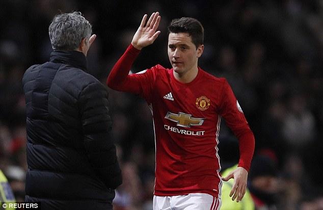 Mourinho lên kế hoạch trọng thưởng cho cầu thủ hay nhất mùa của MU