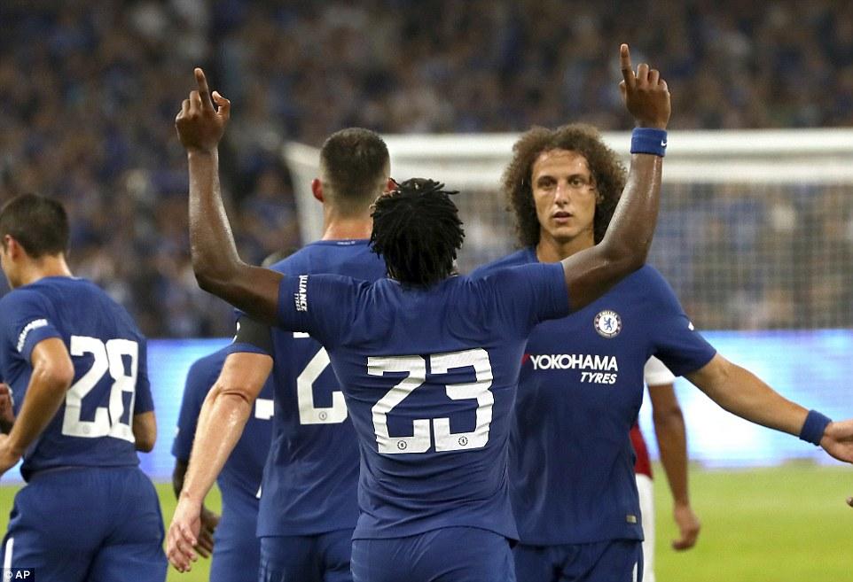 Siêu dự bị lập cú đúp, Chelsea nhấn chìm Arsenal
