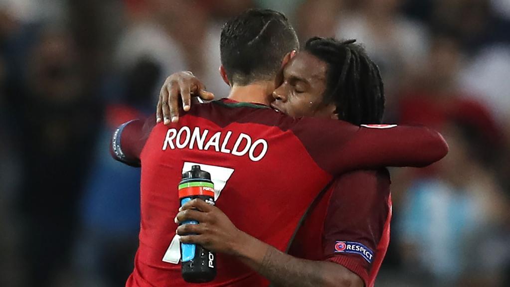Từng rực sáng bên cạnh Ronaldo, thần đồng đắt giá nhất Bồ Đào Nha giờ không chốn dung thân