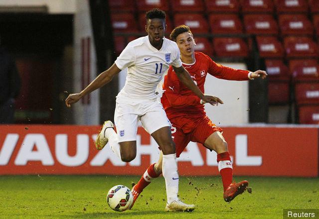 U19 Anh vs U19 CH Séc, 23h00 ngày 12/07: Sư tử gầm vang